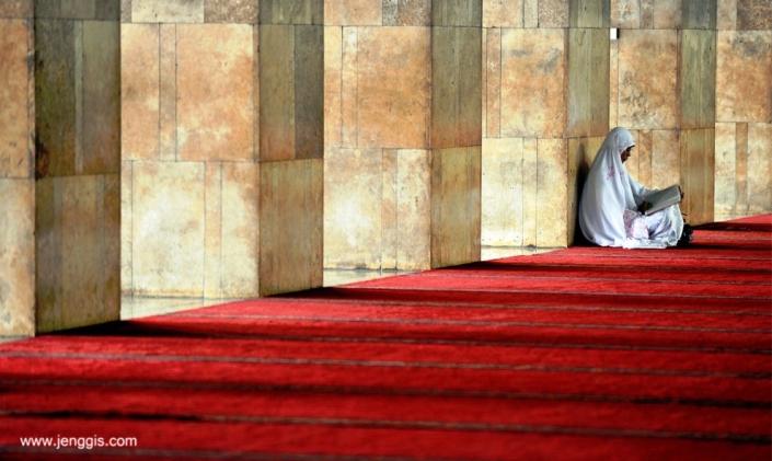 Membaca Al-Qur'an yuuk…
